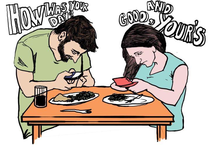 social media at dinner