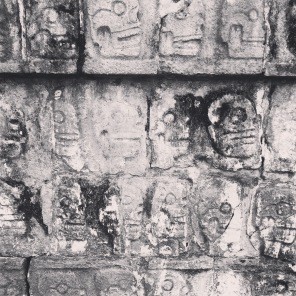 skulls at Chichen Itzá